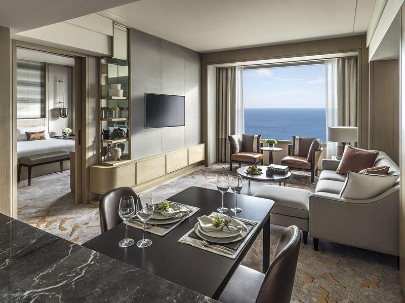 Shangri-La Hotel, Colombo - дизайн интерьера апартаментов с видом на океан