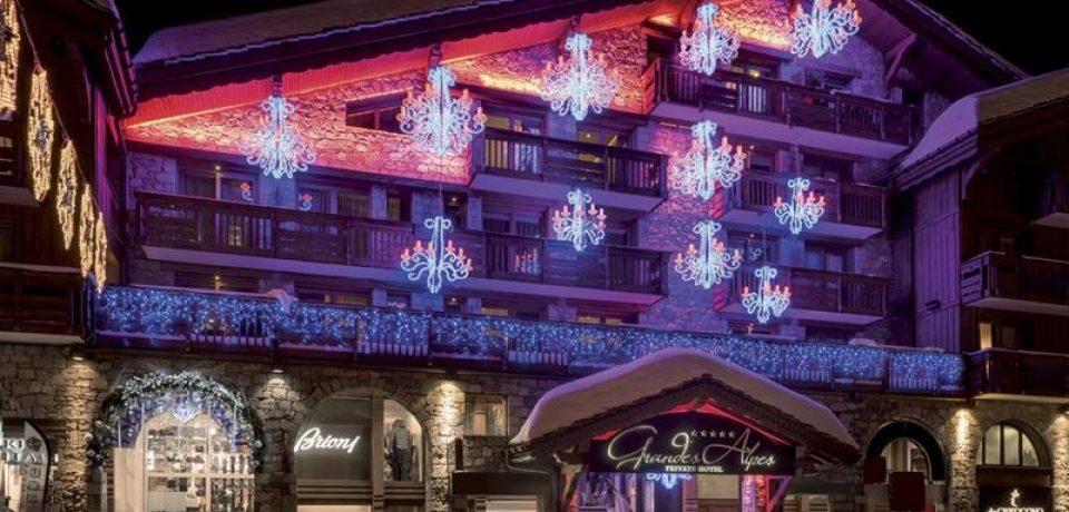 Les Grandes Alpes Private Hotel в Куршевеле готовится к сезону 2017/2018