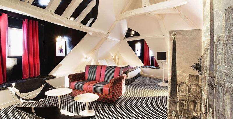 «Орёл и решка»: города Франции - Париж - Hôtel du Petit Moulin Paris (4 звезды)
