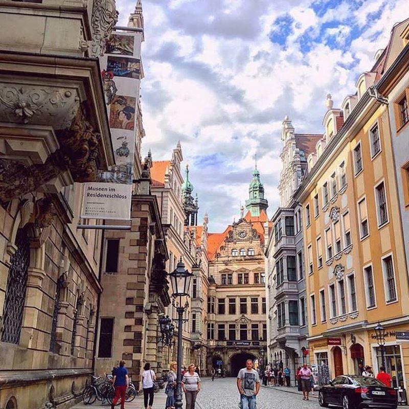 Крупные и красивые города Германии - Дрезден - старый город - улицы и архитектура