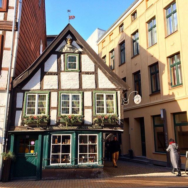 Крупные и красивые города Германии - Шверин - Старый город