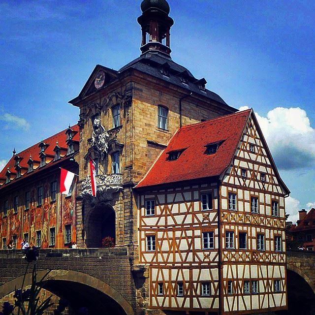 Крупные и красивые города Германии - Старая ратуша Бамберга