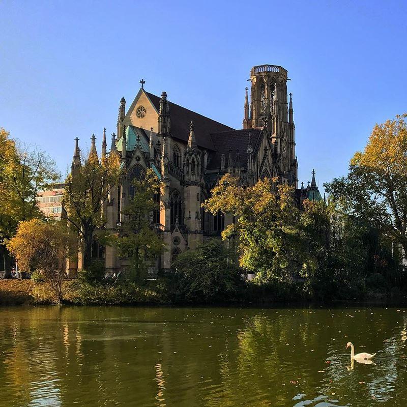 Крупные и красивые города Германии - Монастырская церковь Штутгарта