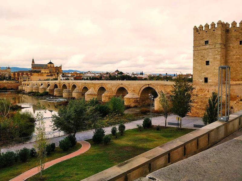 Крупные и красивые города Испании - Кордова - Римский мост