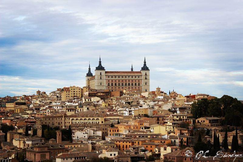 Крупные и красивые города Испании - Толедо - крепость алькасар