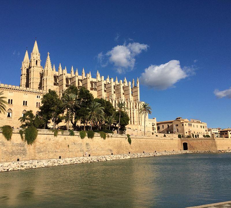Крупные и красивые города Испании - Кафедральный собор Пальма-де-Майорки