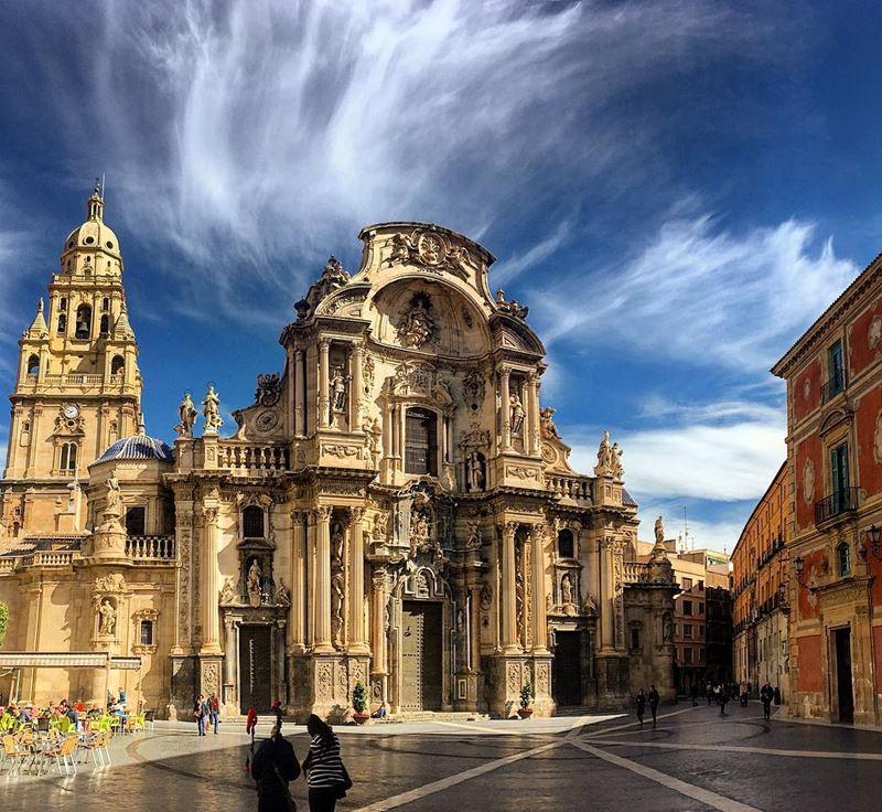 Крупные и красивые города Испании - Собор Пресвятой Девы Марии в Мурсии