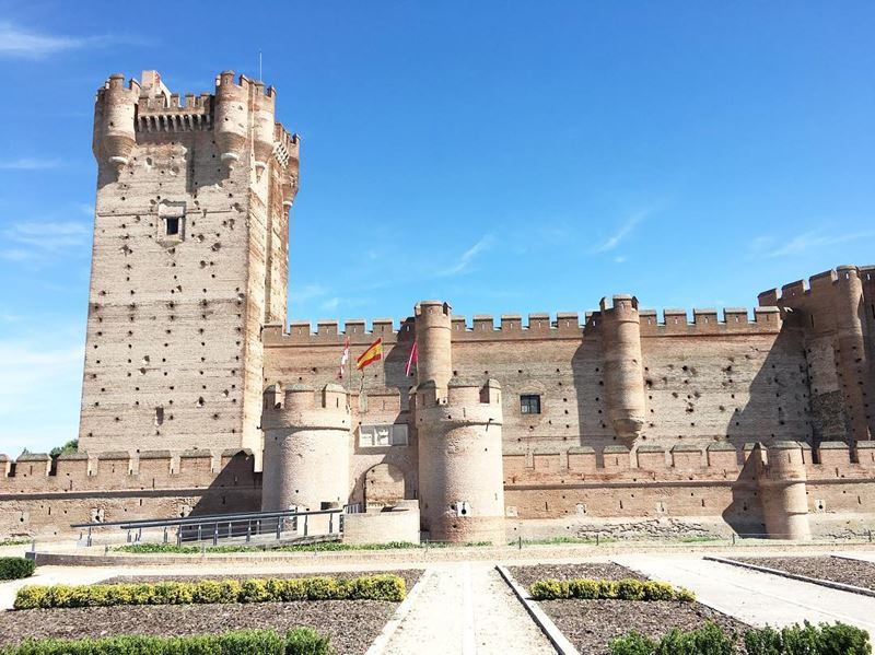 Крупные и красивые города Испании - Вальядолид - Замок Пеньяфьель
