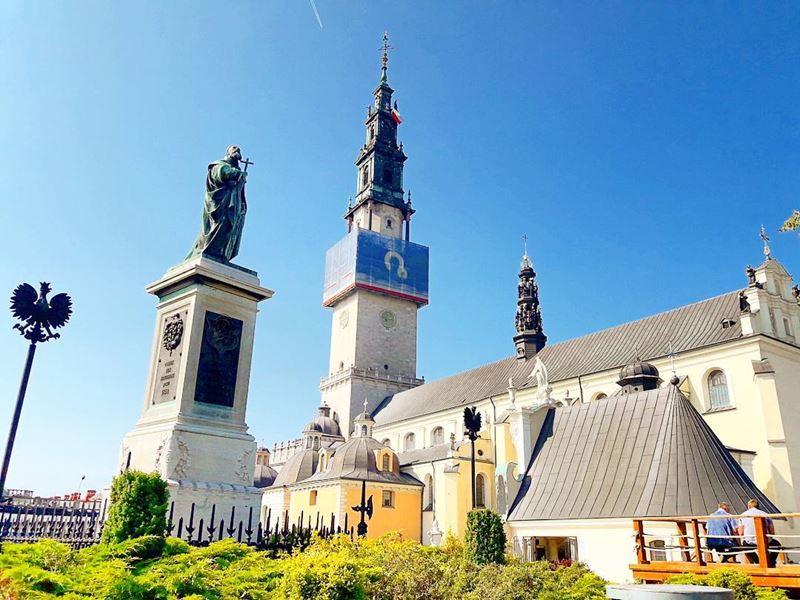 """Крупные и красивые города Польши - Монастырь """"Ясная гора"""" в Ченстохове"""
