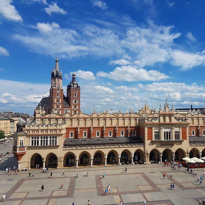 Крупные и красивые города Польши - Краков - Рыночная площадь Старого города