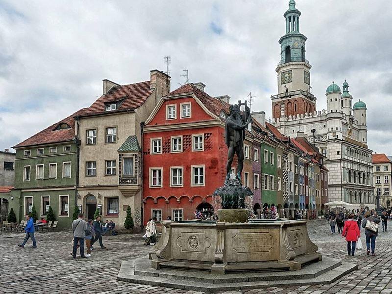Крупные и красивые города Польши - Познань - Площадь Старого Рынка