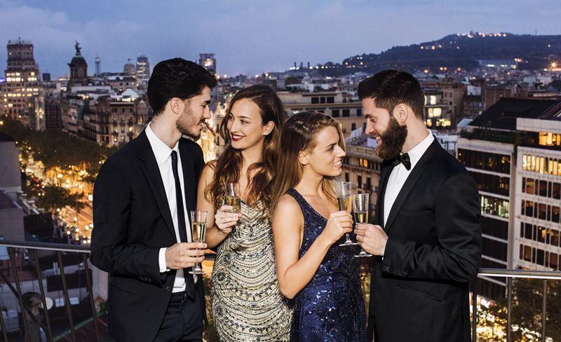 Majestic Hotel & Spa Barcelona - романтический вечер с видом на Барселону