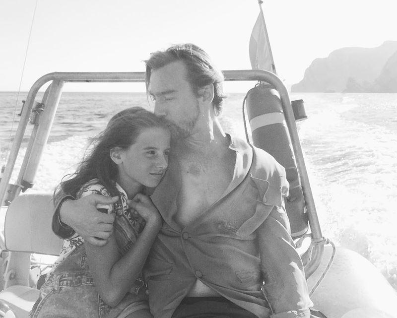 «Орёл и решка»: ведущие - Алан Бадоев с дочерью Лолитой