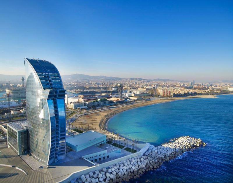 «Орёл и решка»: города Испании - Барселона – 1 сезон - курортный отель сети W