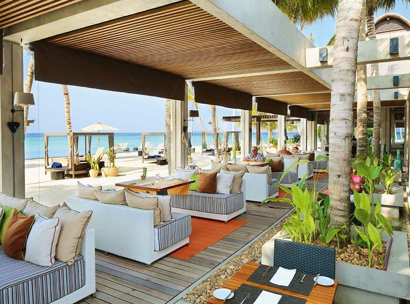 Новый год на курорте Velaa Private Island Maldives - ресторан Athiri