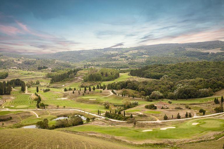 Toscana Resort Castelfalfi приглашает на гольф