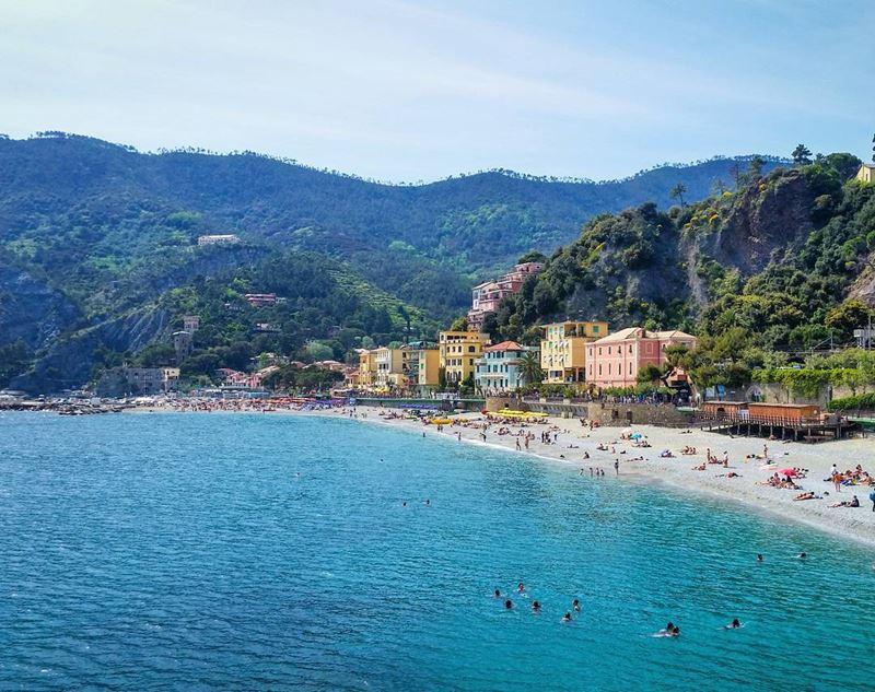 Лигурийское побережье: лучшие пляжи - Monterosso в Чинкве Терре
