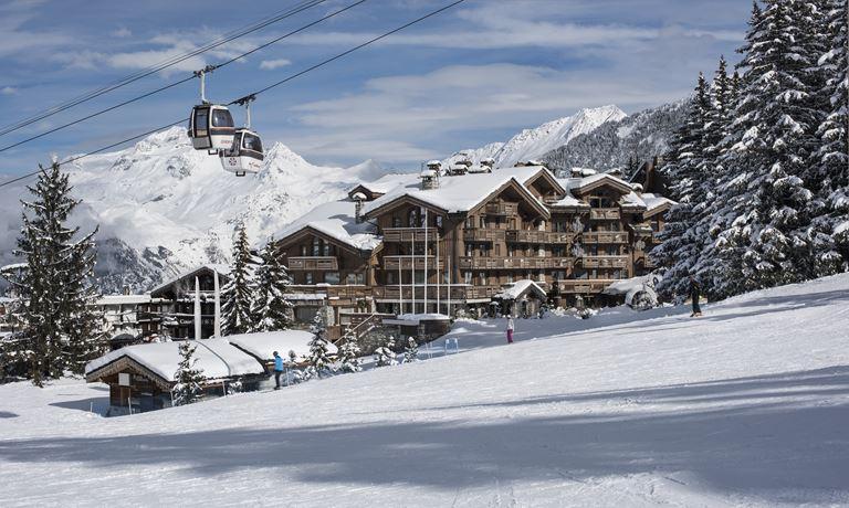 Отель Grandes Alpes, Courchevel 1850 объявляет о коллаборации с Foil Skis
