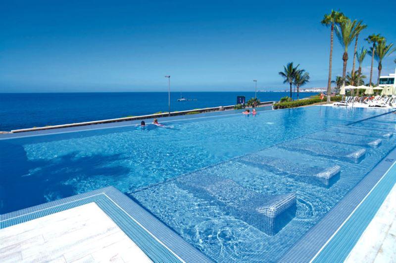 Отели с панорамными бассейнами инфинити - Hotel Riu Santa Fe (Мексика, Кабо-Сан-Лукас)