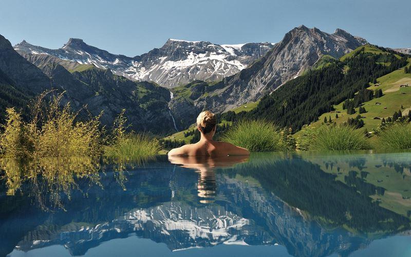 Отели с панорамными бассейнами инфинити - The Cambrian Hotel and Spa (Швейцария, Адельбоден)