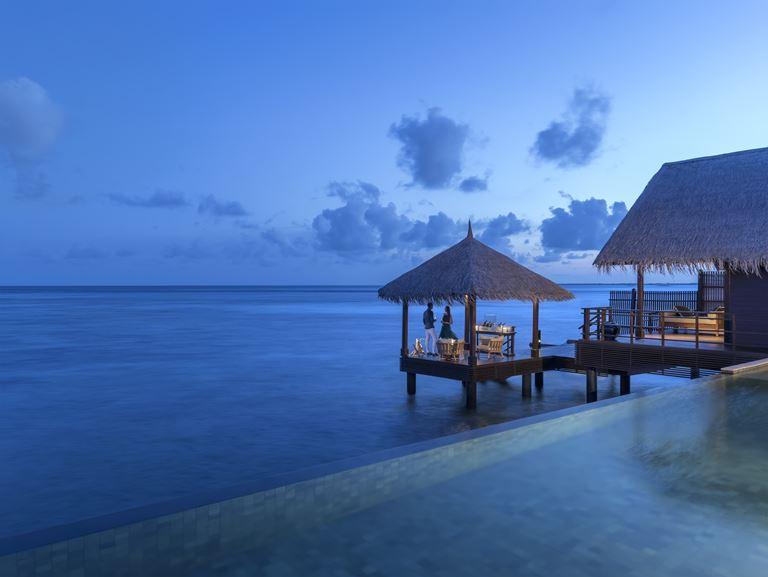 Романтические закаты и рассветы на Мальдивах с  Shangri-La's Villingili Resort & Spa