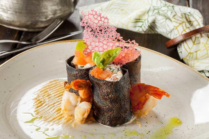 Масленица в ресторане «Кувшин» - блины с креветками и рикоттой