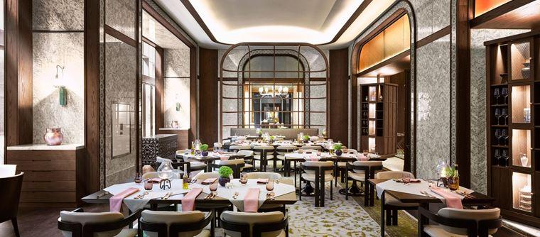 Fairmont Quasar Istanbul - отель 5 звёзд в Стамбуле, Турция - Ресторан Aila