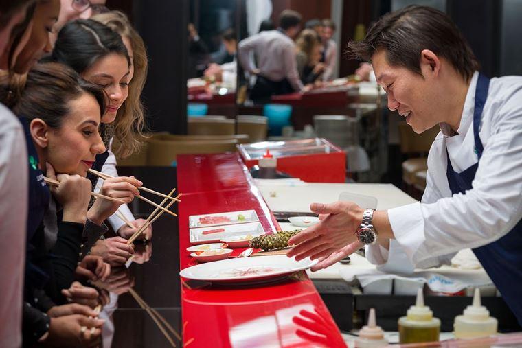 Хидэки Эндо проведёт суши-классы в ресторане Matsuhisa Paris