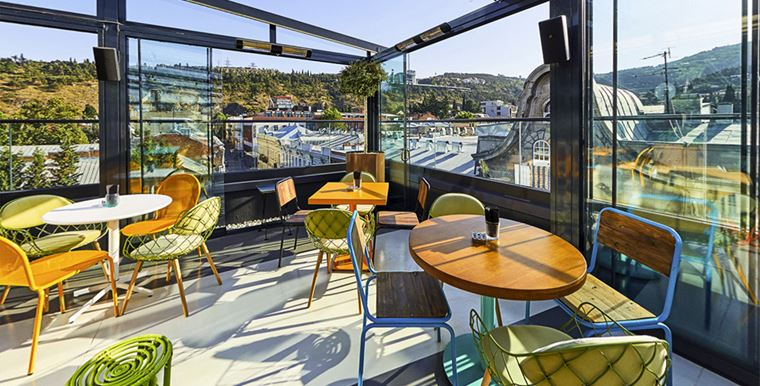 Отель ibis Styles Тбилиси Центр - терраса на крыше