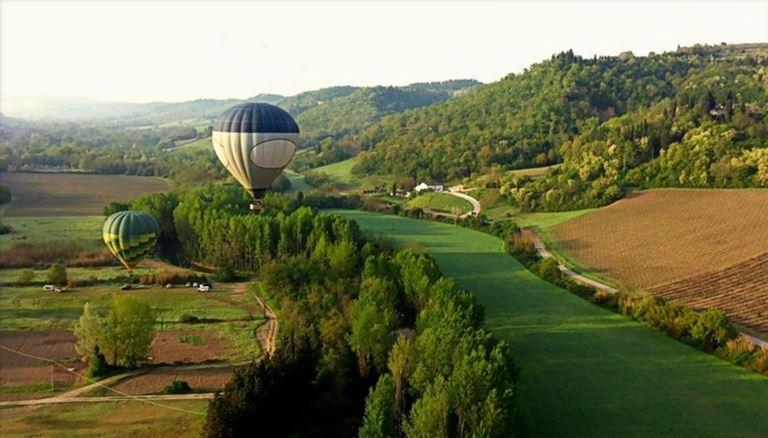 Отель Relais Santa Croce во Флоренции - полет на шаре над Тосканой
