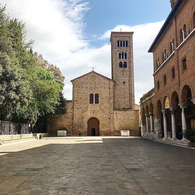 Регион Эмилия-Романья (Италия) - Базилика Святого Франциско Ассизского в Равенне
