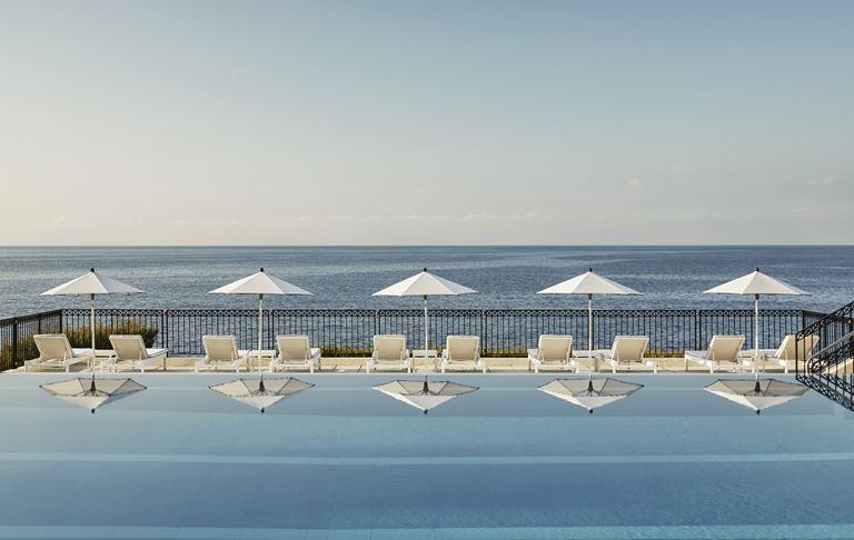 Grand-Hôtel du Cap-Ferrat, Four Seasons (Франция, Лазурный берег) - бассейн инфинити