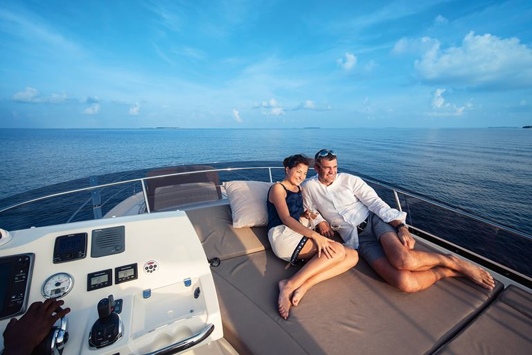 Романтические Мальдивы с Velaa Private Island - прогулка на яхте в открытом океане