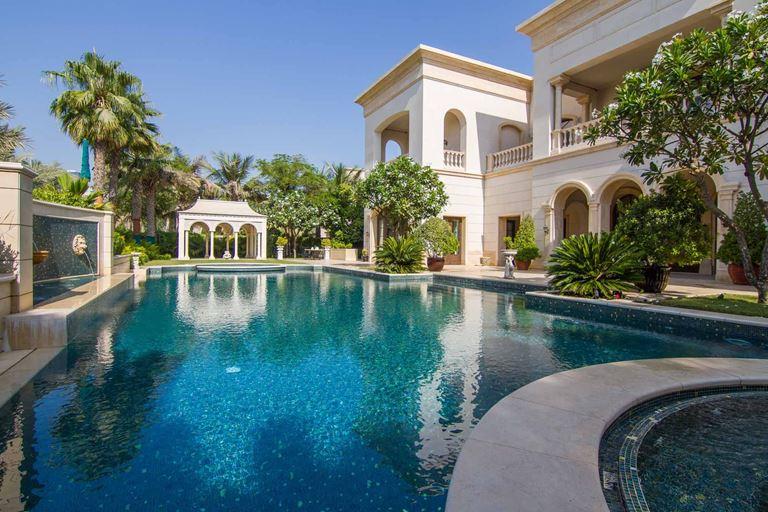 Топ-10 самых дорогих вилл в мире - Виллы в Эмирейтс Хиллс, Дубай (Объединённые Арабские Эмираты)