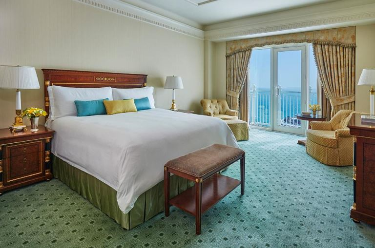 Four Seasons Hotel Doha - интерьер номера