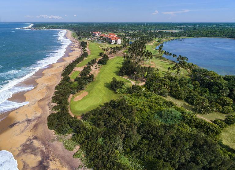 Курортный отель Shangri-La's Hambantota Golf Resort & Spa - берег Индийского океана