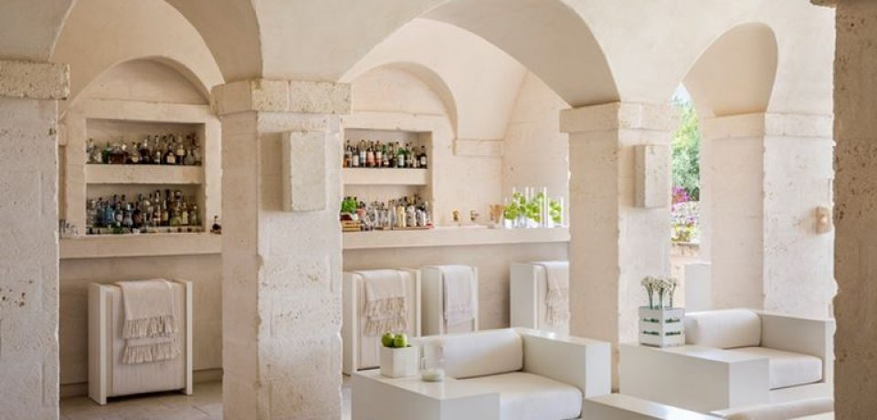 Гурмэ-ресторан Due Camini и бар Il Portico – обновления итальянского курорта Borgo Egnazia