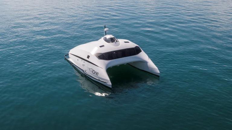 Evian One - катамаран для водных прогулок по Женевскому озеру