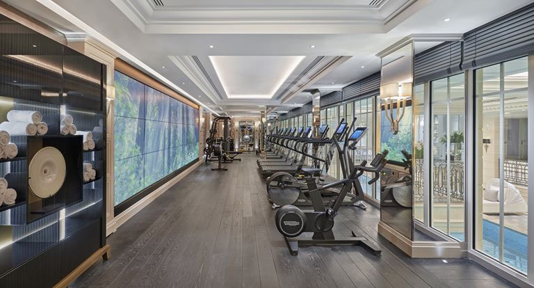 Four Seasons Hotel George V Paris новый СПА-комплекс - фитнес-центр