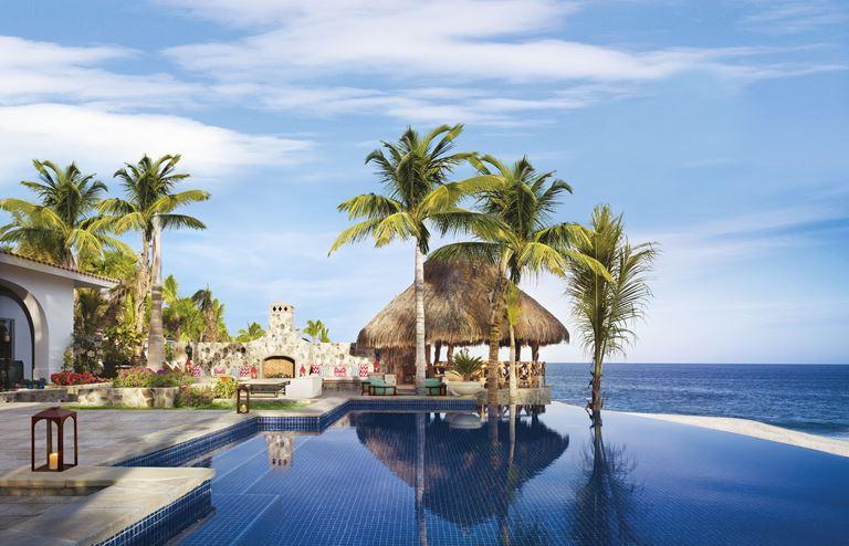 Курорт One&Only Palmilla в Лос-Кабосе, Мексика - Villa Cortez - вид на океан с бассейном