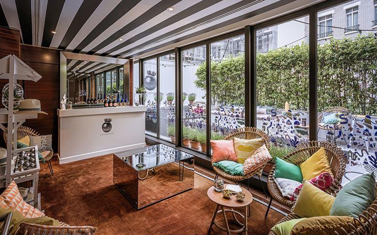 Уголок Французской Ривьеры в Le Royal Monceau-Raffles Paris