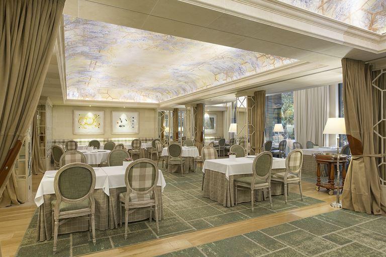 Ресторан SOLC отеля Majestic Hotel & Spa Barcelona