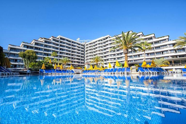 Отдых на острове Тенерифе летом - Spring Hotel Bitácora