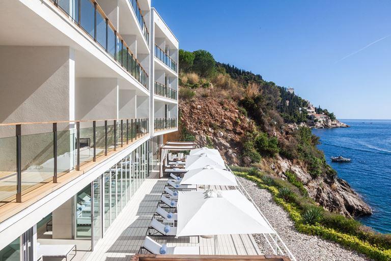 Отель Villa Dubrovnik в Хорватии: терраса с видом на море