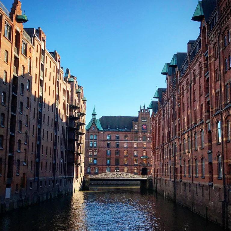 6 атмосферных городов Европы, стоящих на воде - Гамбург (Германия)