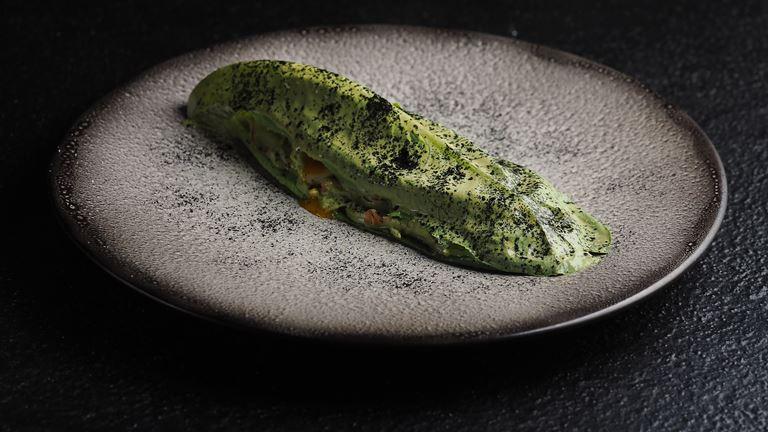"""Ресторан """"Кококо"""" в Санкт-Петербурге - летнее меню 2018 - зелёный салат с крабоми йогуртовой заправкой"""