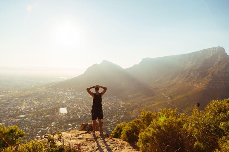 7 идей для роскошного отдыха в One&Only Cape Town - Восхождение на скалу «Львиная голова»