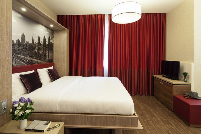 Adagio Москва Павелецкая - двухместный номер с двуспальной кроватью