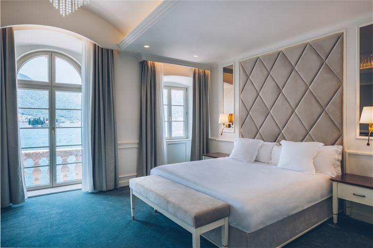 Iberostar Grand Perast - курортный отель в Черногории - двухместный номер