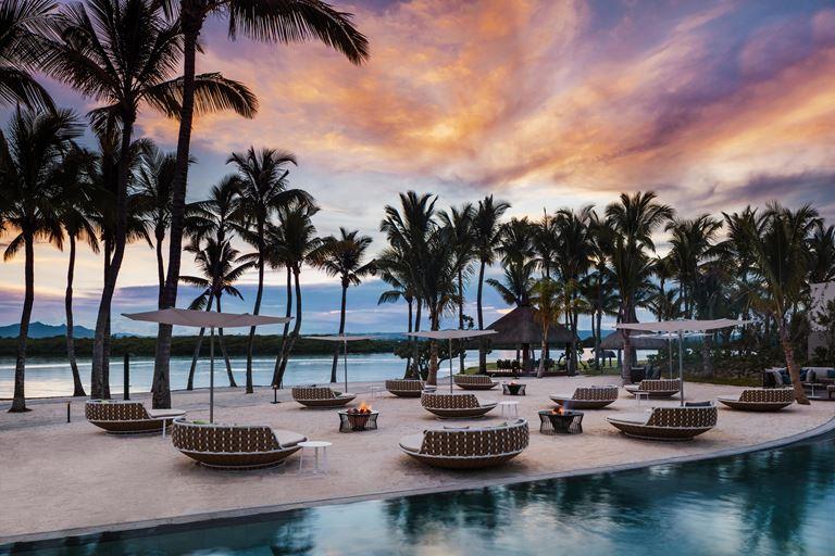 Бар Mootee на курорте One&Only Le Saint Géran на Маврикии